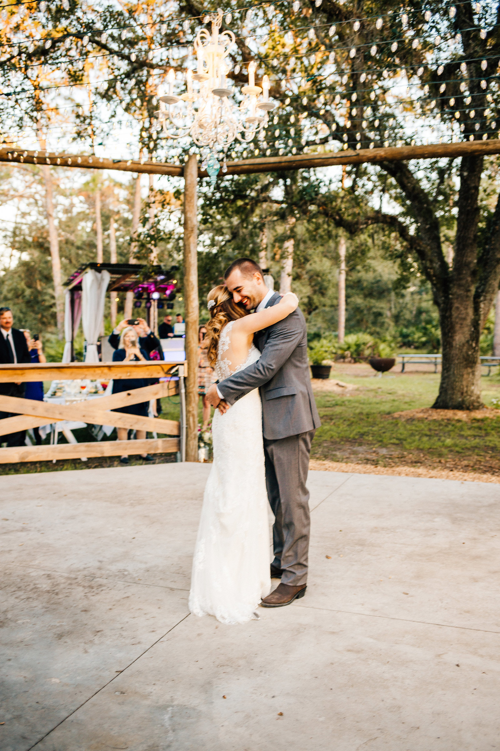 bride-groom-first-dance-string-lights
