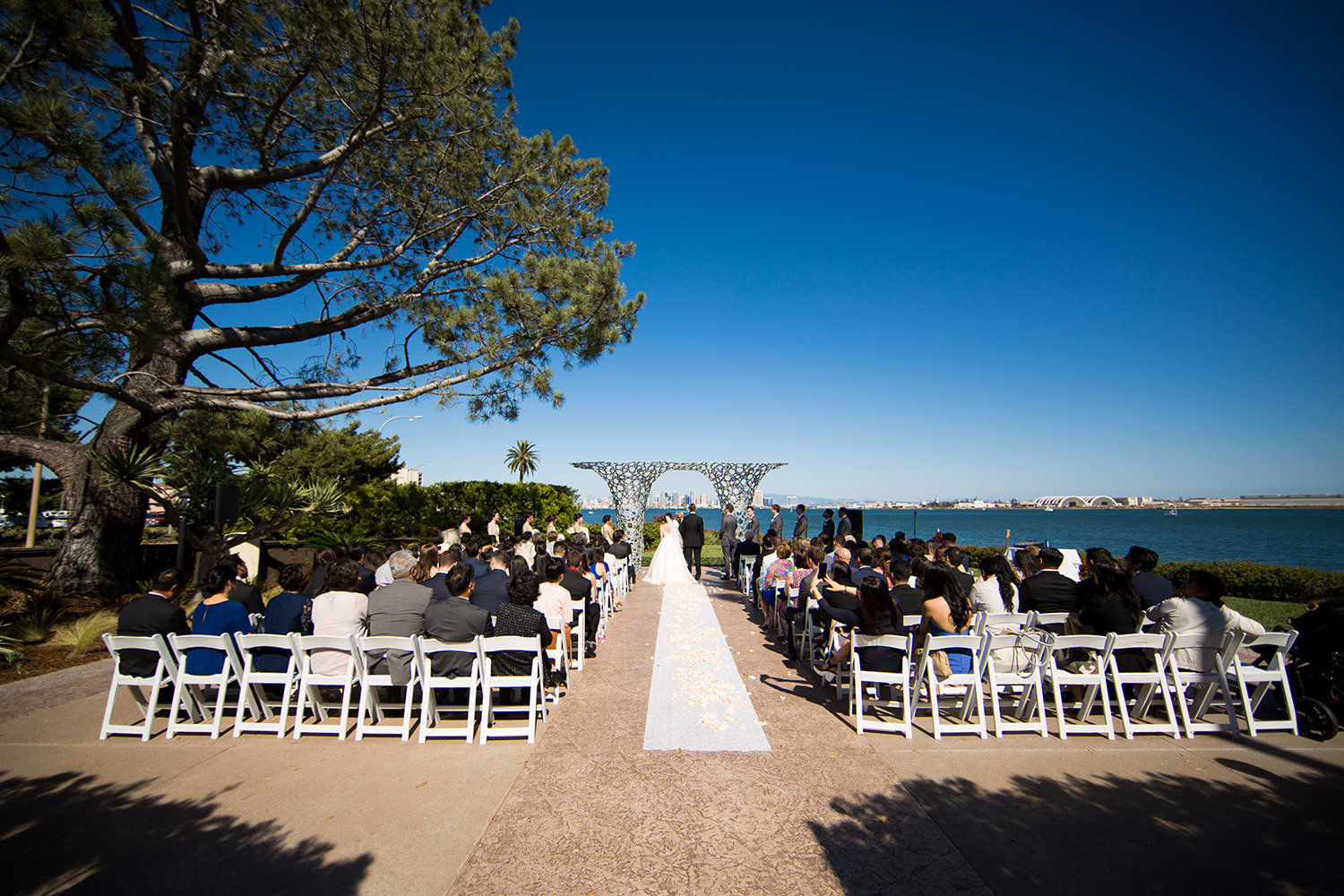 tom hams ceremony space with ocean views