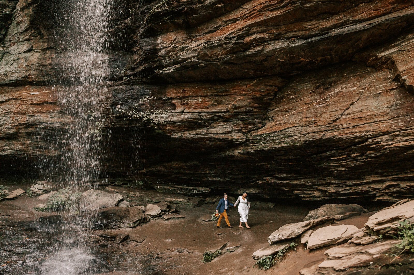 moore-cove-falls-elopement-photographer-anorda-photography-08