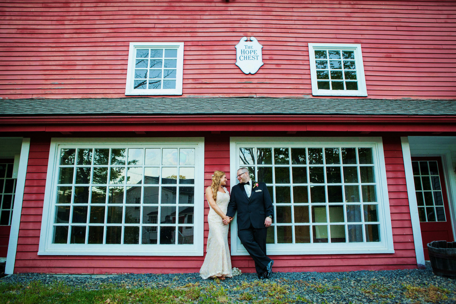 the-inn-at-millrace-pond-wedding-photos-34