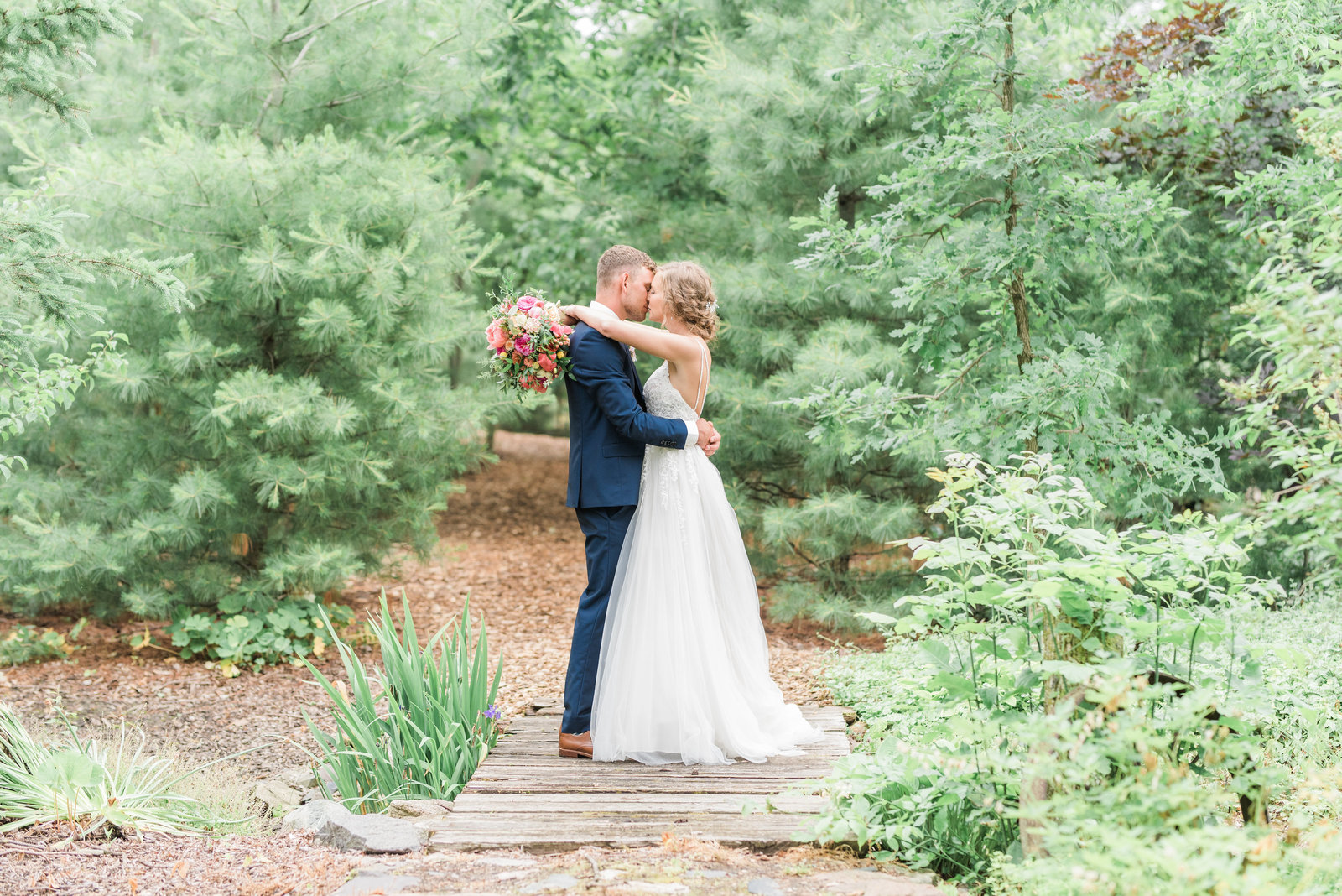 Erin + Brendan Sneak Peek-142