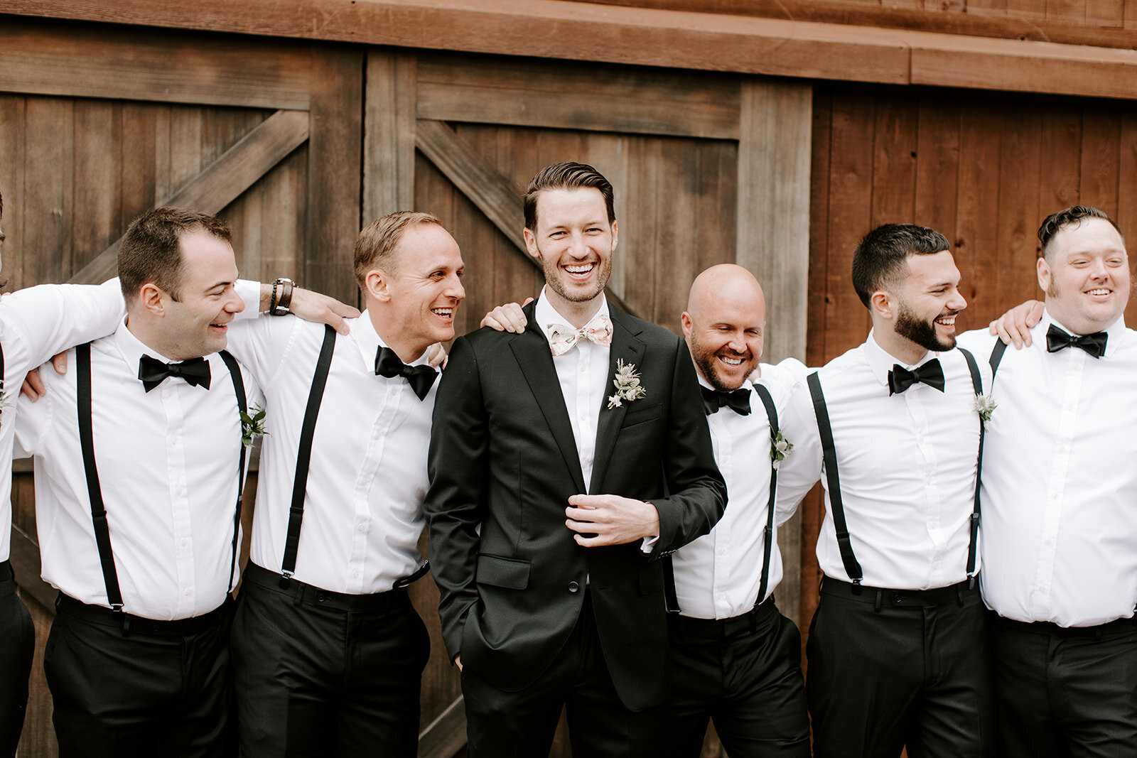 boutonniere-wedding-spring-groomsmen-scottsdale-wedding-florist