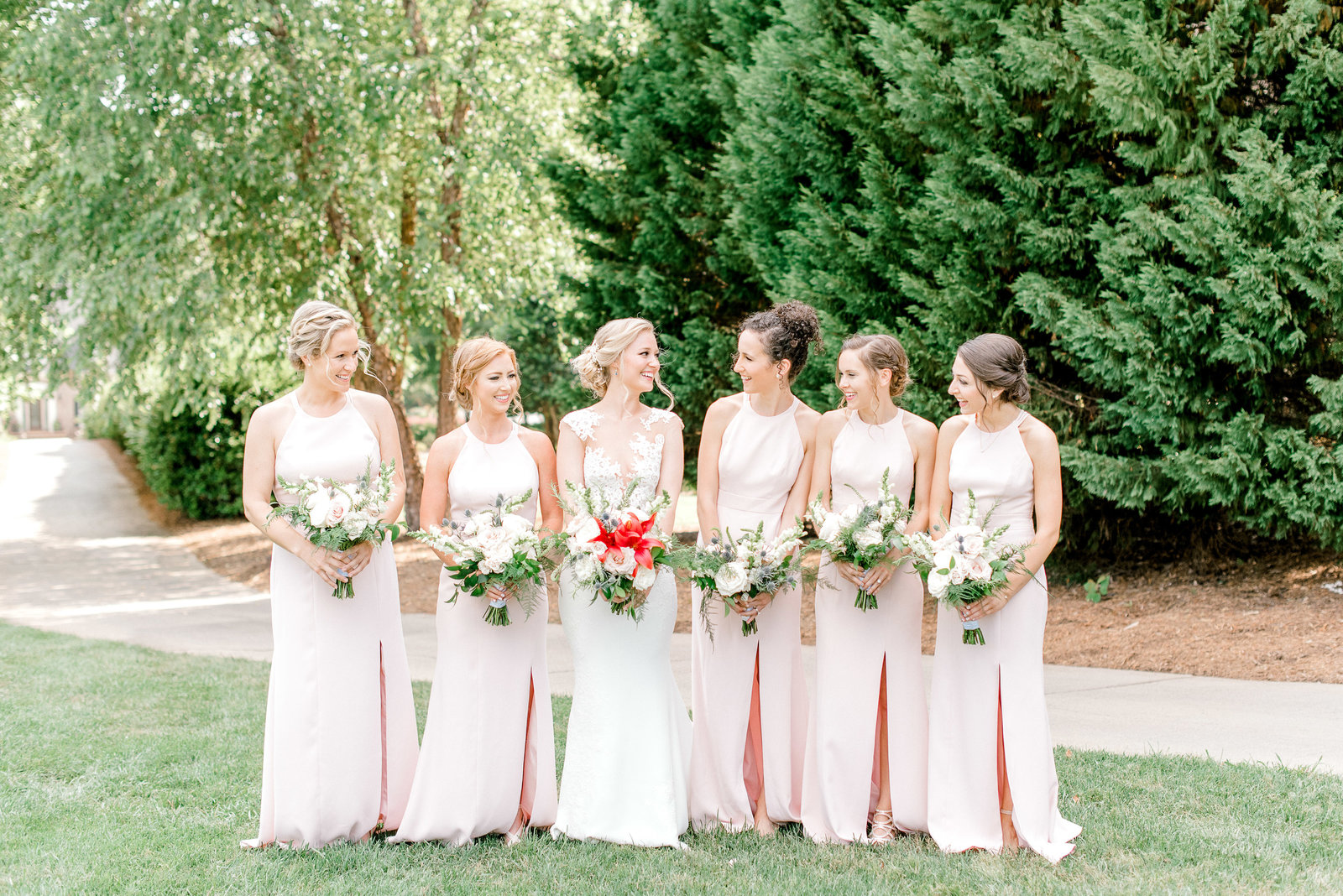 charlotte-wedding-photographer-firethorne-country-club-wedding-golf-course-fine-art-bright-and-airy-film-photographer-alyssa-frost-photography-4