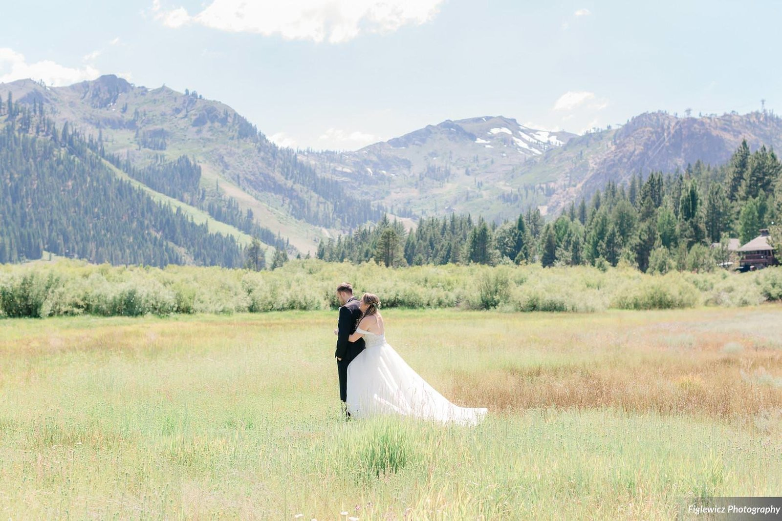 Garden_Tinsley_FiglewiczPhotography_LakeTahoeWeddingSquawValleyCreekTaylorBrendan00017_big