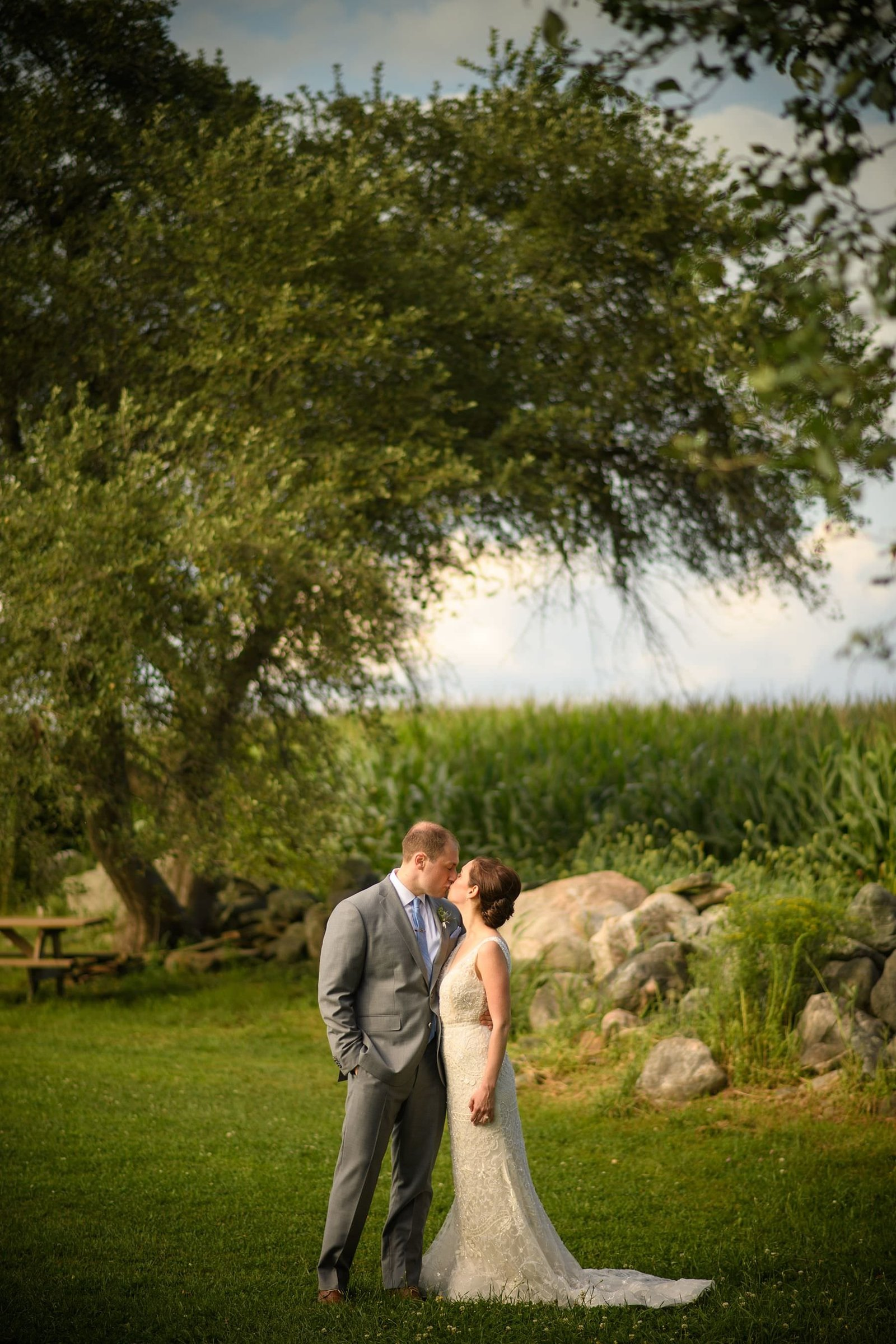 summer-jonathan-edwards-winery-wedding_0007