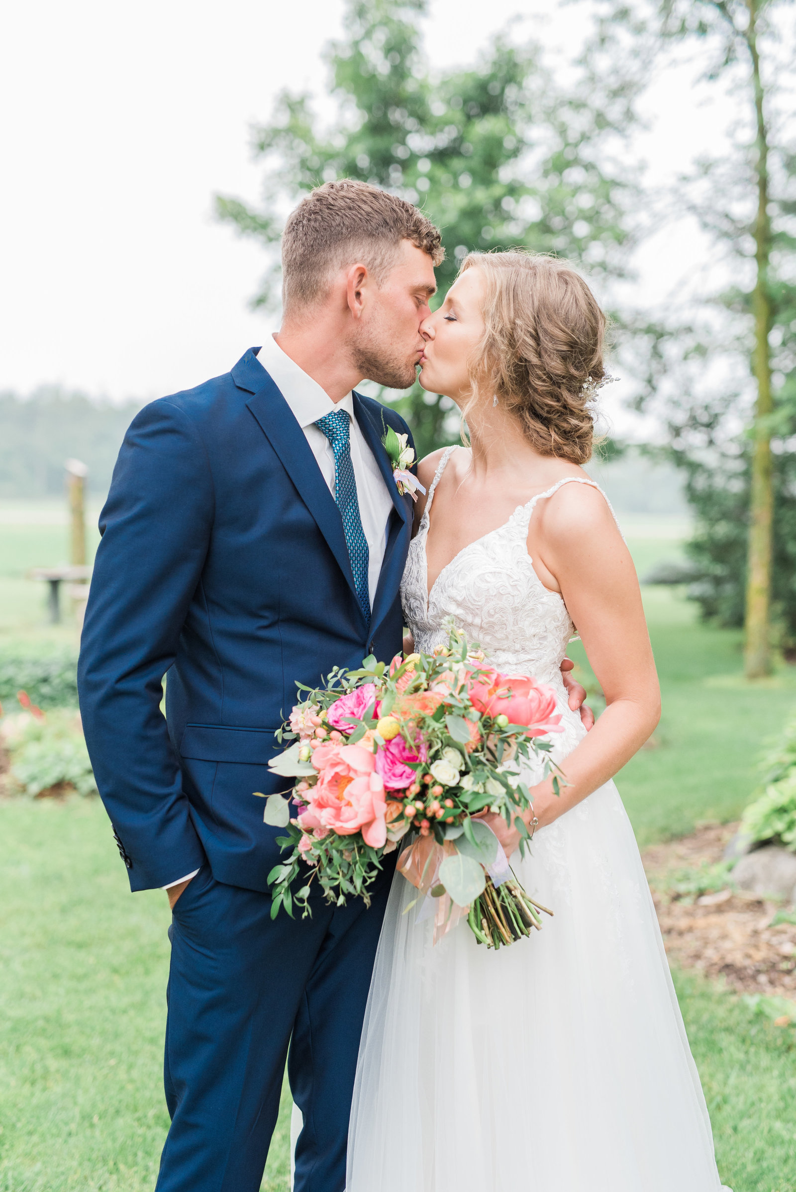 Erin + Brendan Sneak Peek-129