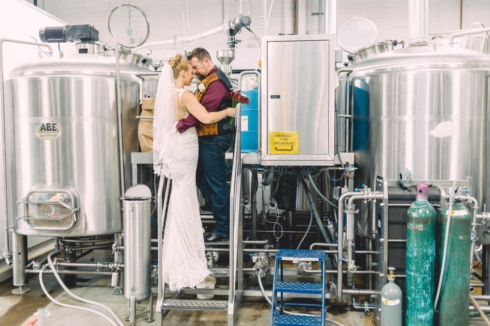 between-the-tanks-carrie-patricia-studios-uncle-bears-brewery
