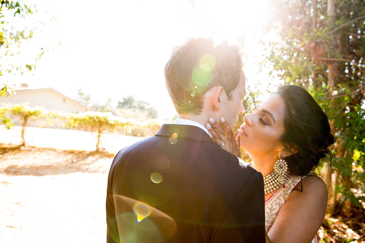 Artistic lens flare for a romantic portrait