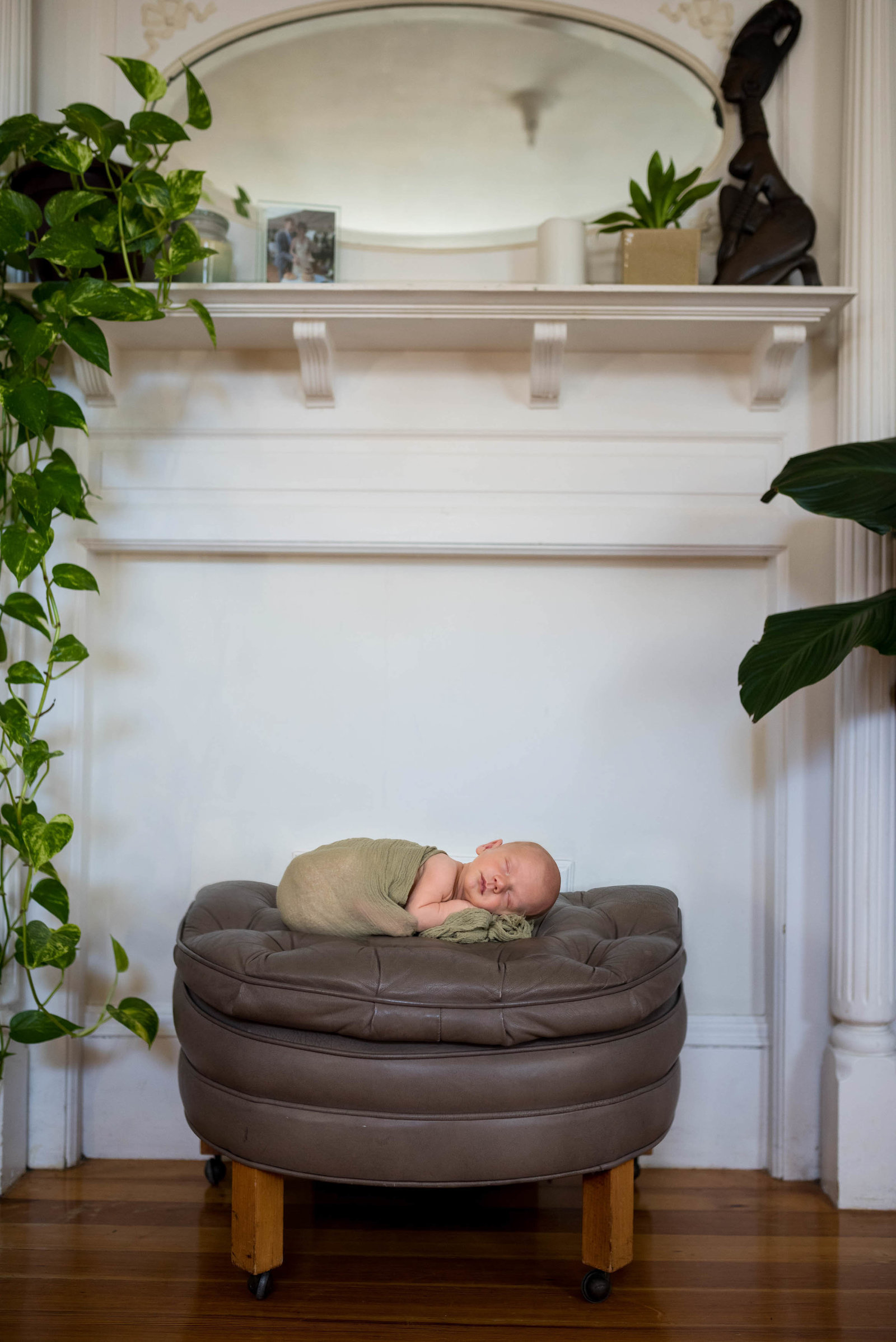 Boston-Newborn-Photographer-Lifestyle-Documentary-Home-Styled-Session-228