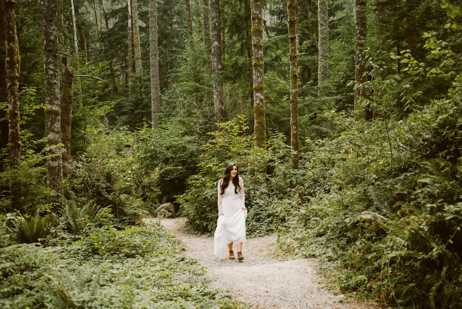 athena-and-camron-seattle-elopement-wedding-benj-haisch-rattlesnake-lake-christian-couple-goals2