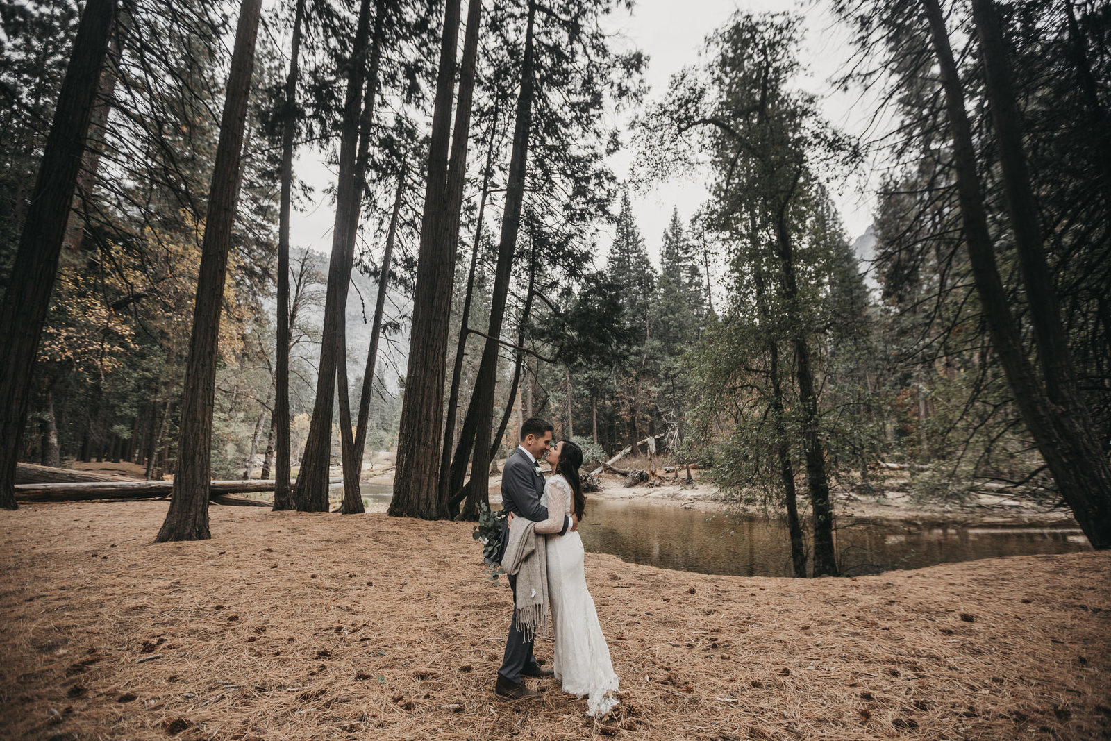 athena-and-camron-yosemite-elopement-wedding-photographer-elegent-valley-wedding53