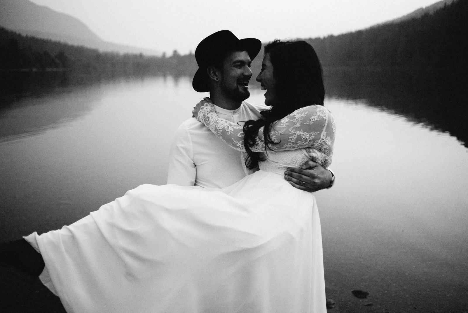 athena-and-camron-seattle-elopement-wedding-benj-haisch-rattlesnake-lake-christian-couple-goals94