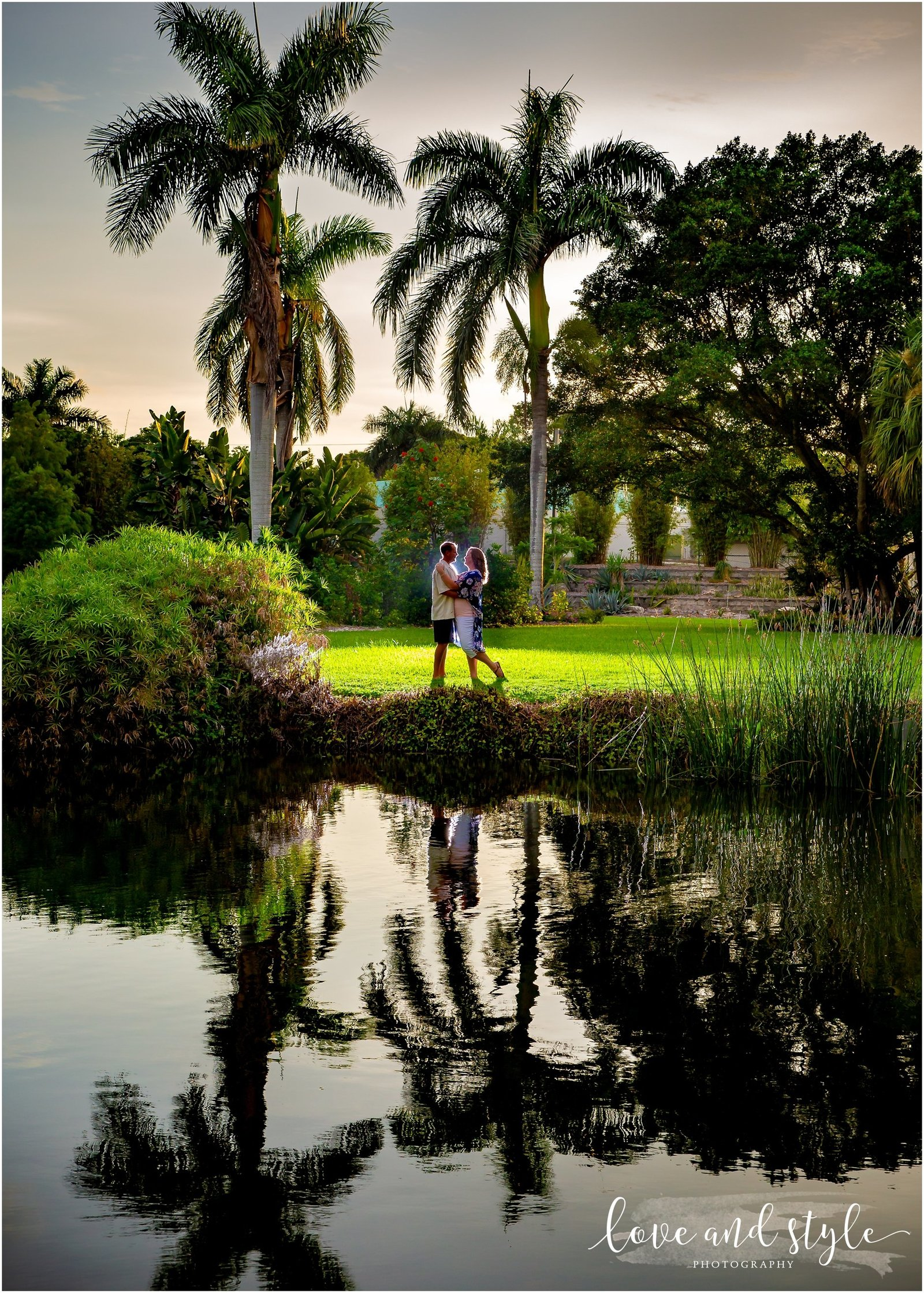 Engagement Photography at the Palma Sola Botanical Garden in Bradenton