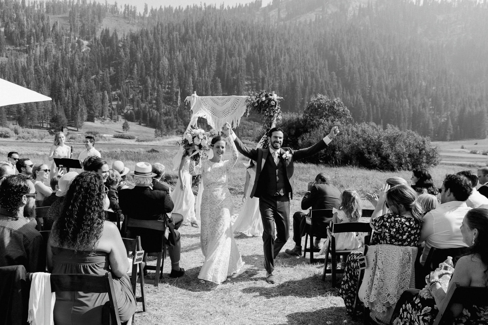 squaw-valley-stables-wedding-marble-rye-photography-ceremony-203