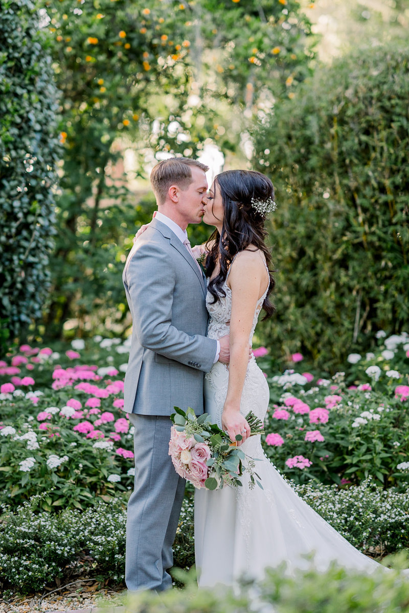Orlando Wedding Photographer | Town Manor Wedding | Wedding First Kiss-8