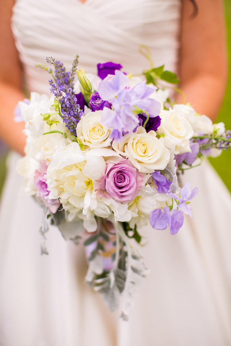 photo of a beautiful bouquet at a wedding in maryland