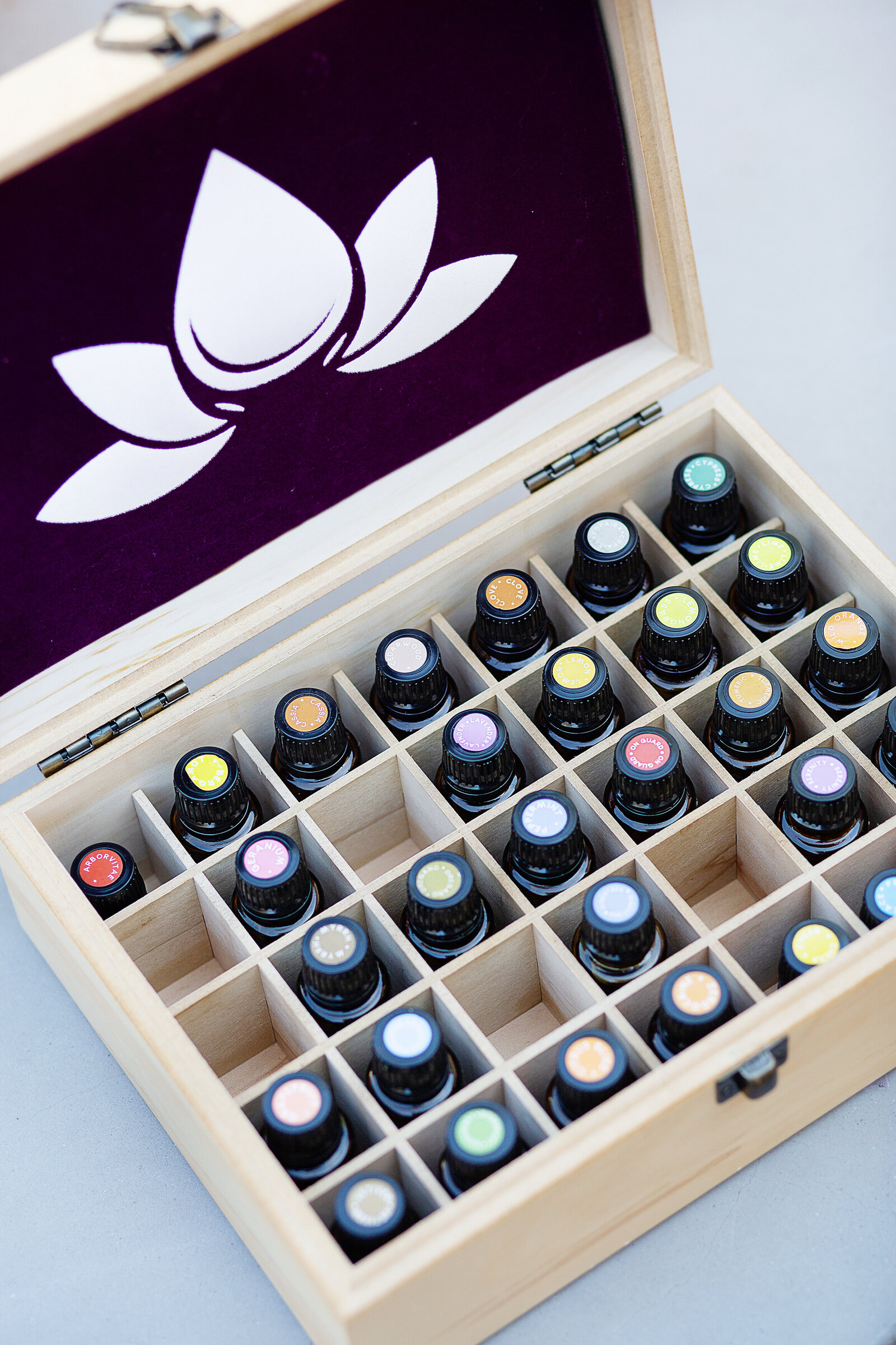 essential oils branding photo