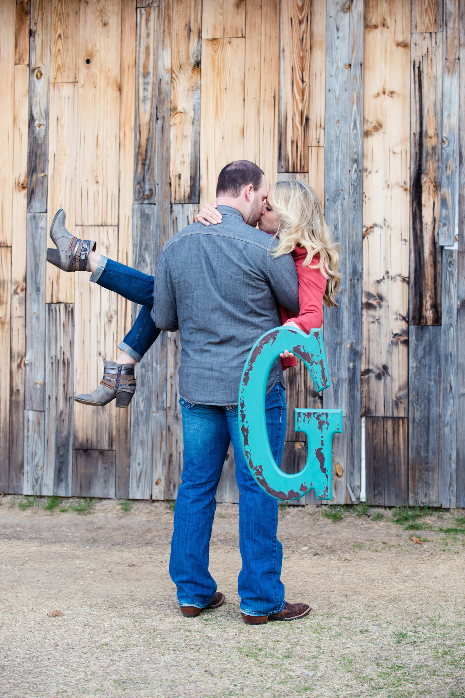 Engagement photos in Frisco by Brittany Barclay Photography