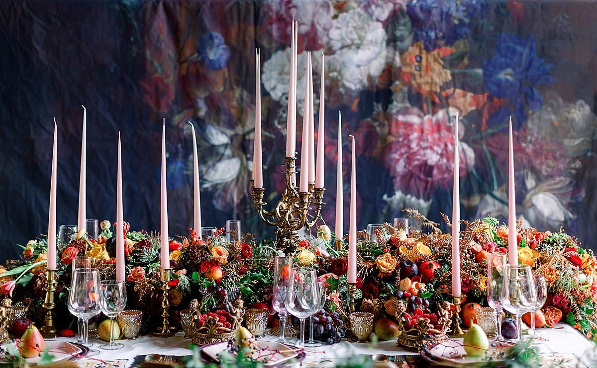 Briar-Rose-tablescape-tapestry-backdrop-JoBradbur (26)