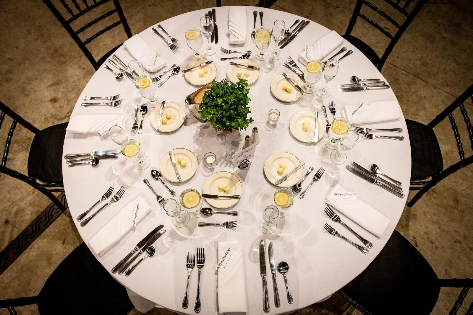 wedding-table-setting-brookfield