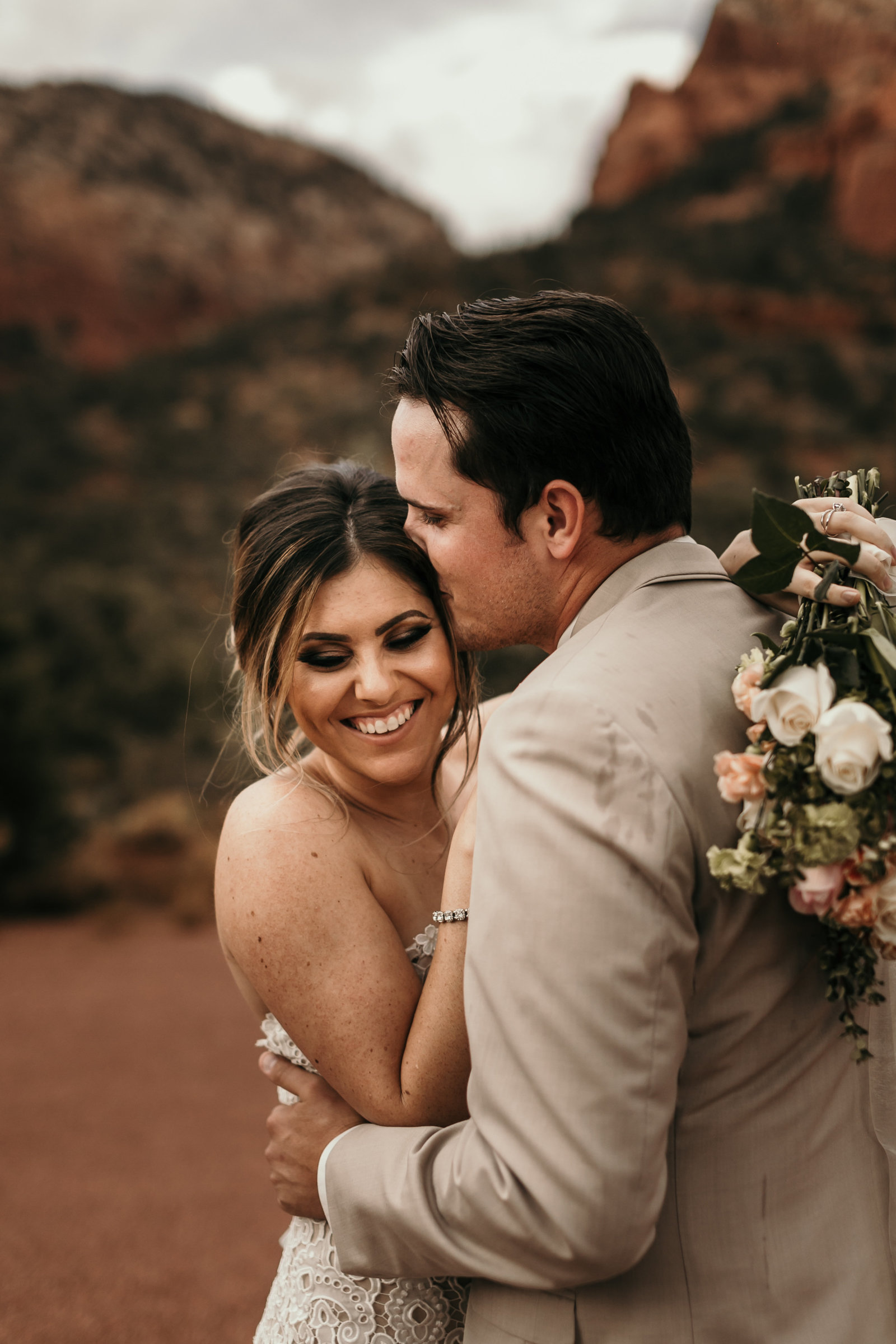 Couple elope in Sedona Arizona