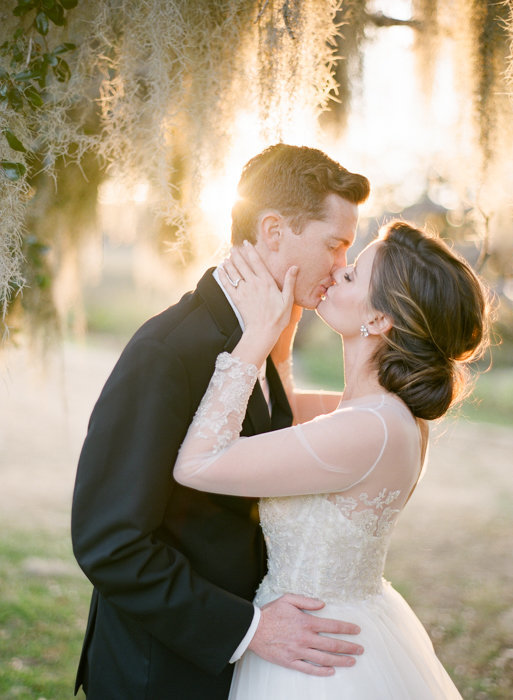 Molly-Carr-Photography-Paris-Film-Photographer-France-Wedding-Photographer-Europe-Destination-Wedding-Boone-Hall-Plantation-Charleston-South-Carolina-28
