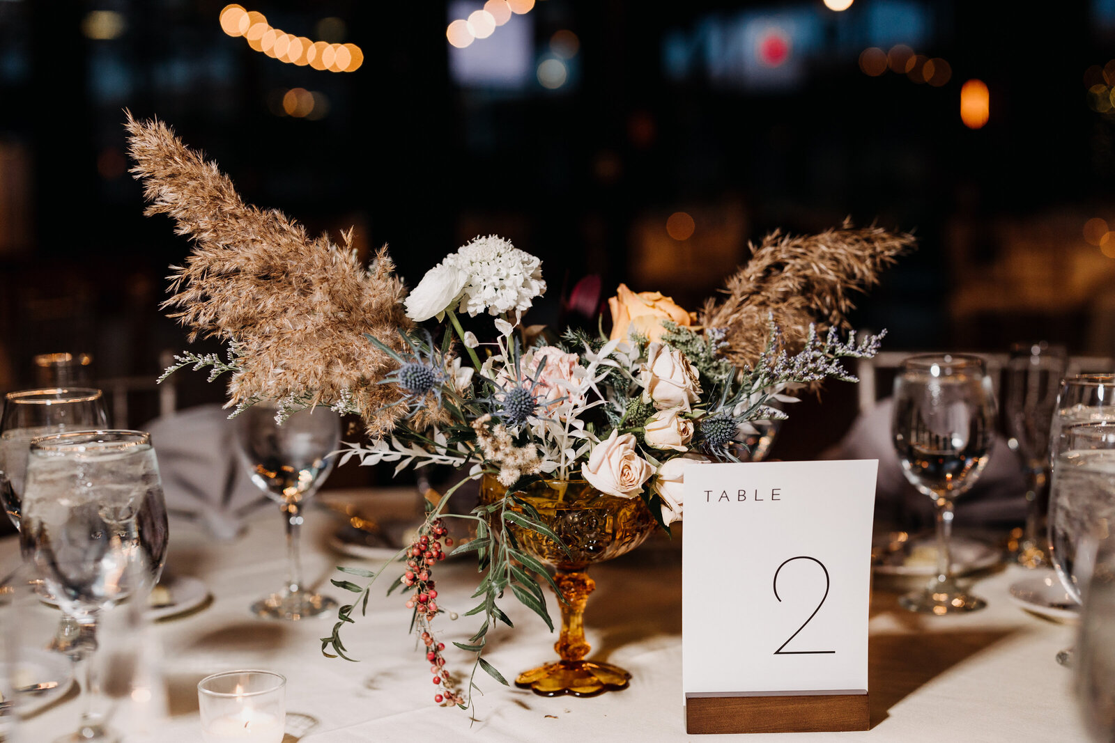 wedding flowers tablescape