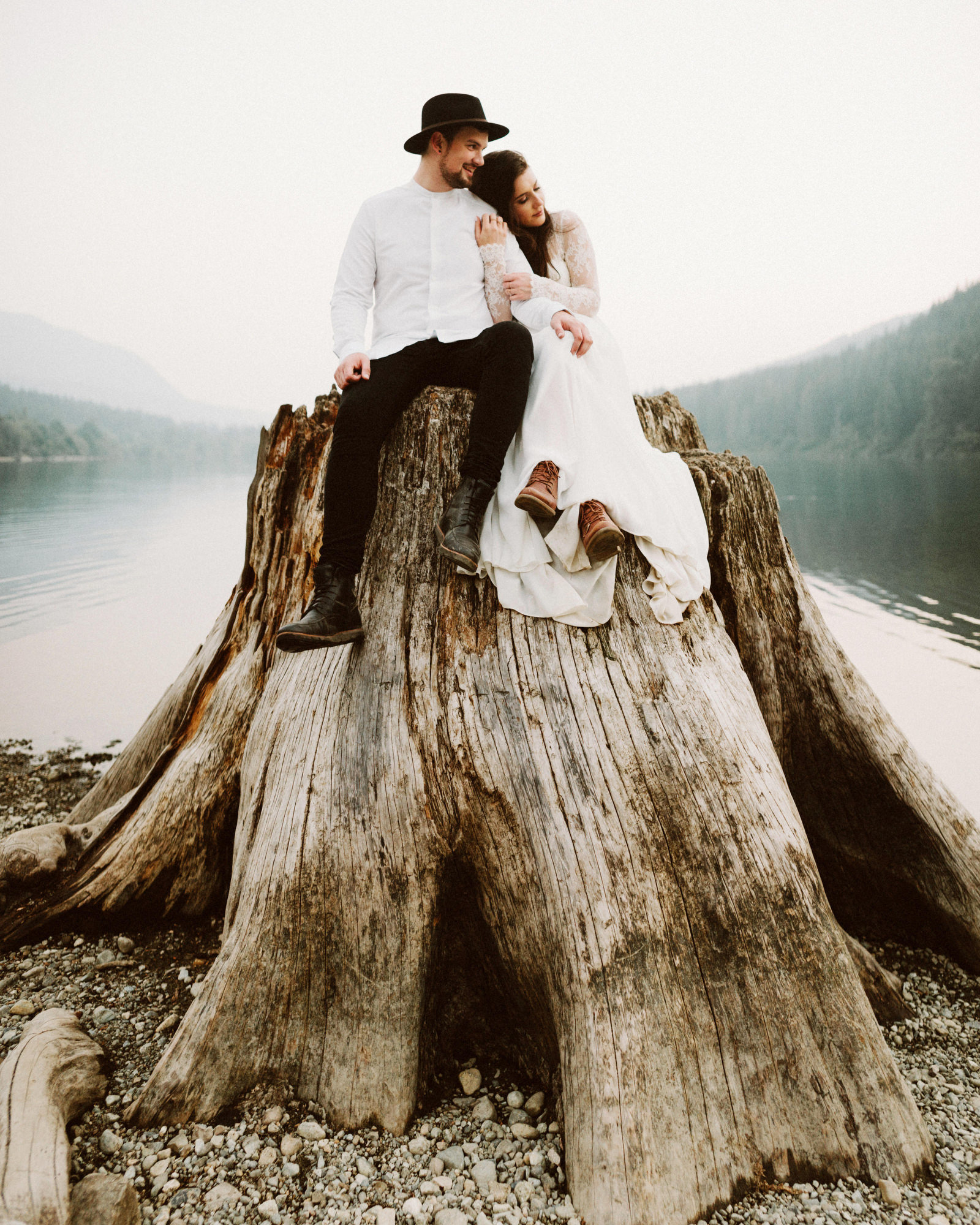 athena-and-camron-seattle-elopement-wedding-benj-haisch-rattlesnake-lake-christian-couple-goals89