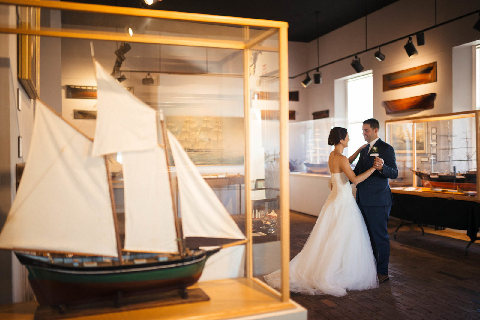 Boston-Wedding-Photographer-Newburyport-Custom-House-Maritime-Museum-22
