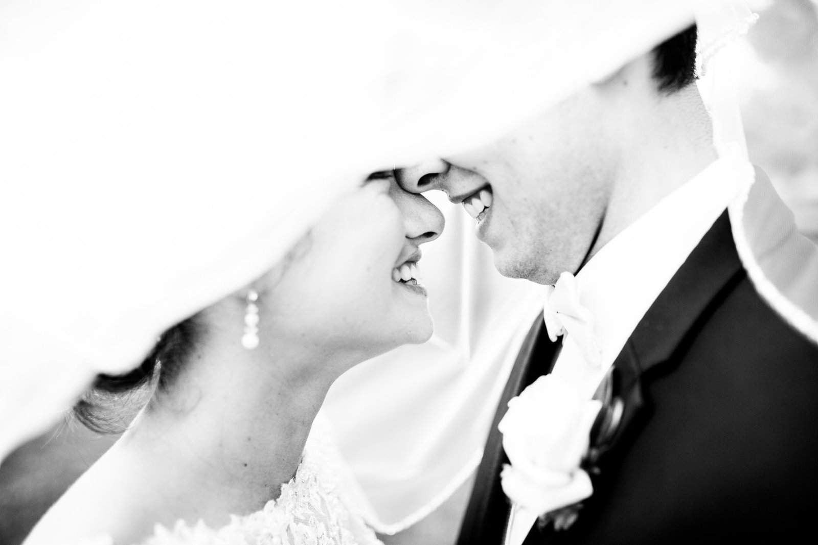 Double Tree Hotel Wedding | Kristen and Taylor | Caitlin and Luke Photography.jpg-1
