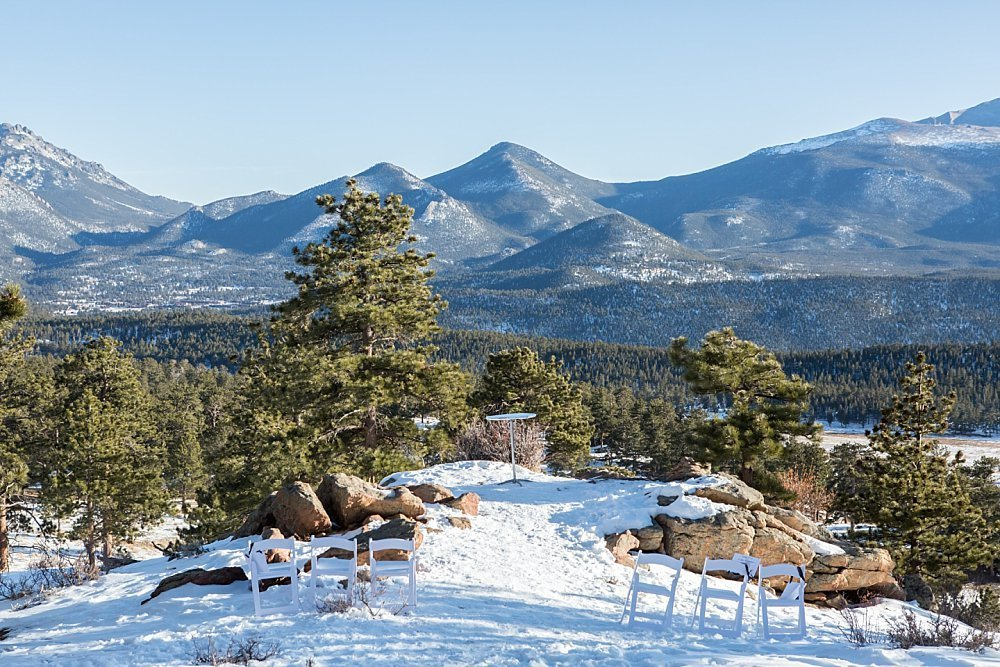 Winter wedding ceremony location in Rocky Mountain National Park 3m Curve