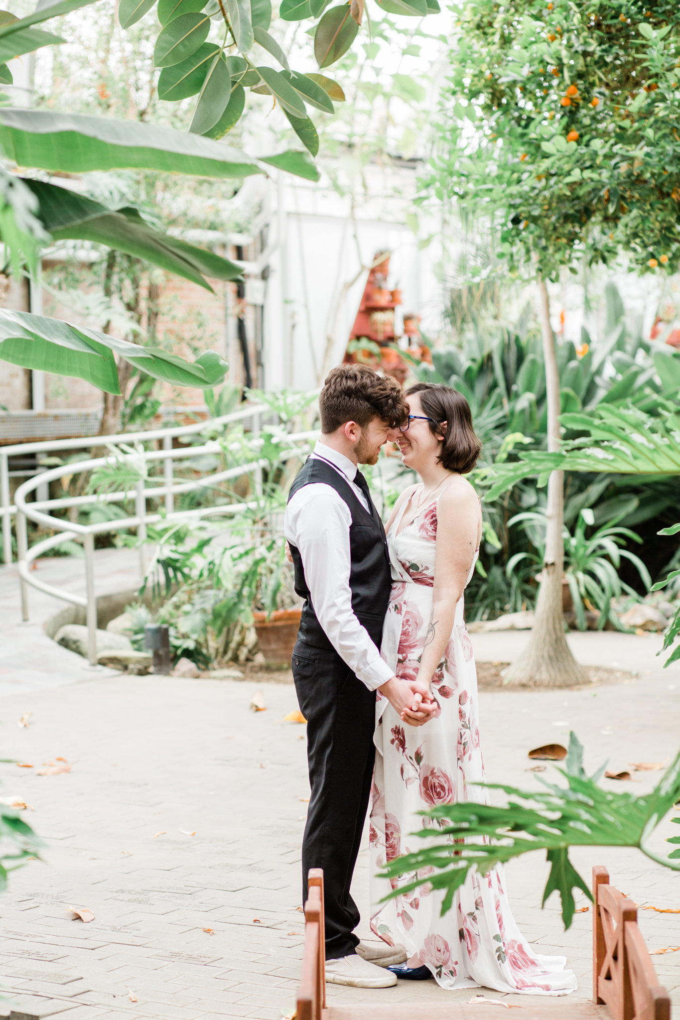 Cassidy-Sam-Potawatomi-Conservatory-South-Bend-Indiana-Engagement-Session_0013