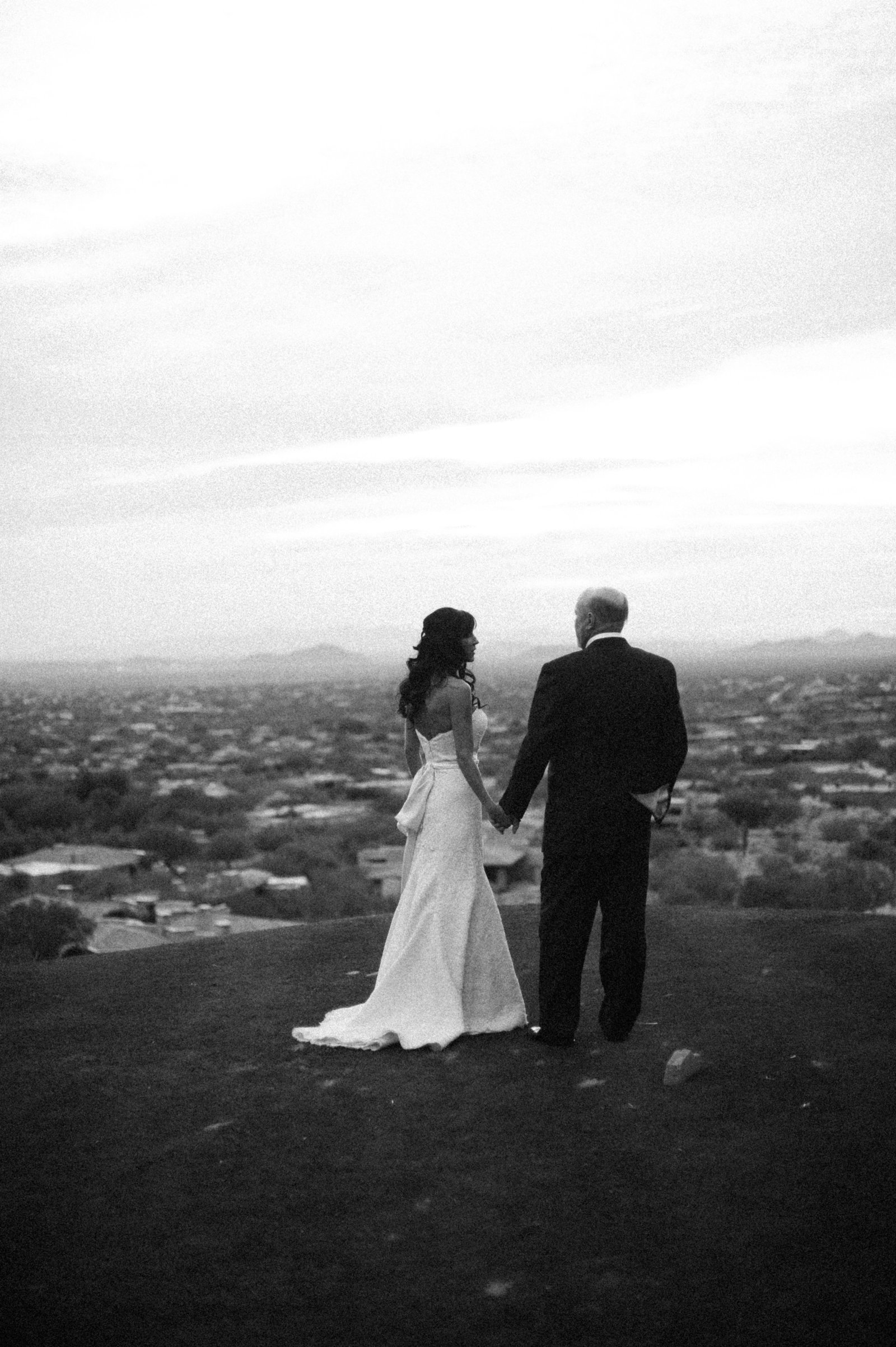 city-view-bride-groom-desert-highlands-golf-club