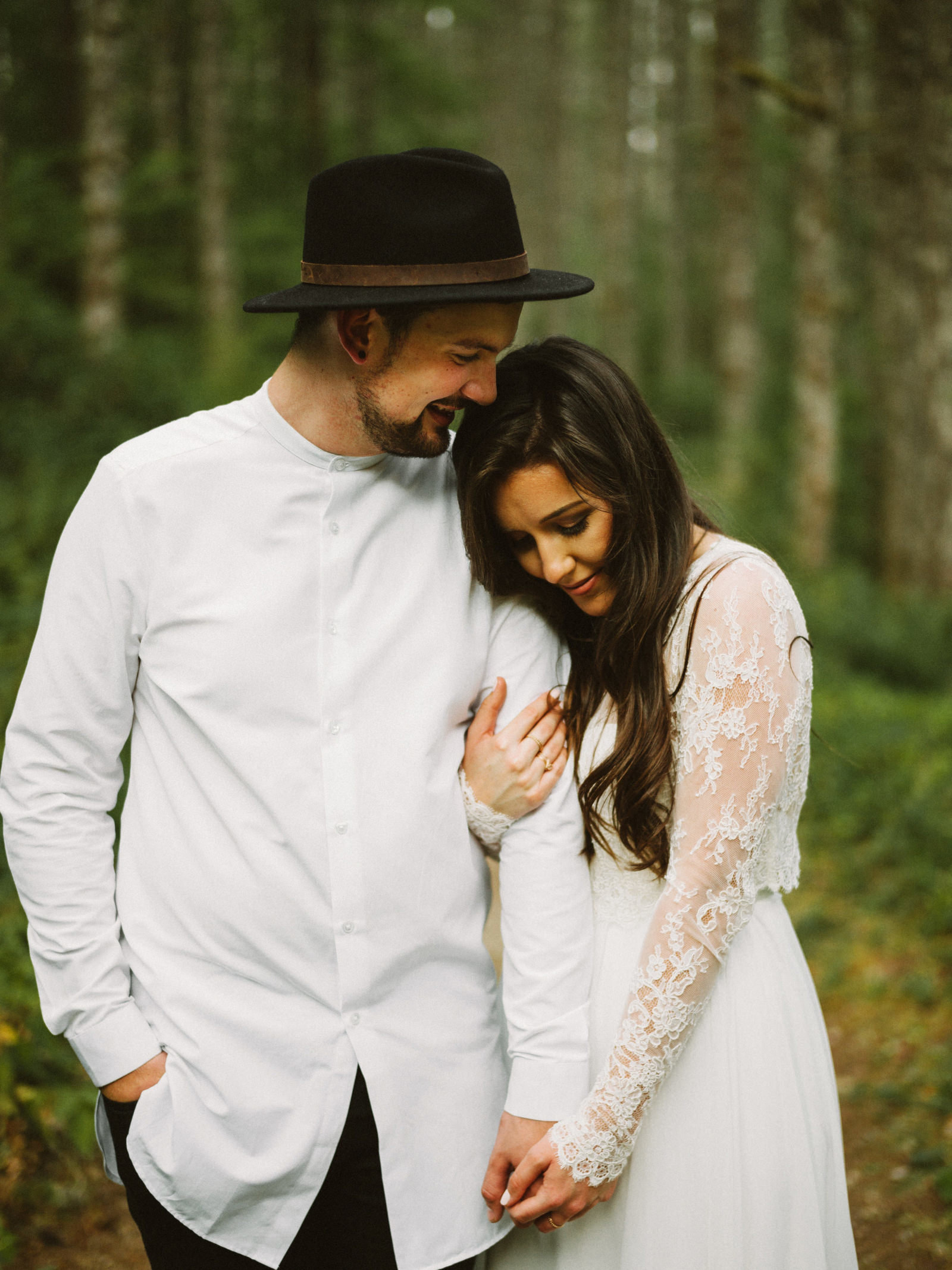 athena-and-camron-seattle-elopement-wedding-benj-haisch-rattlesnake-lake-christian-couple-goals13