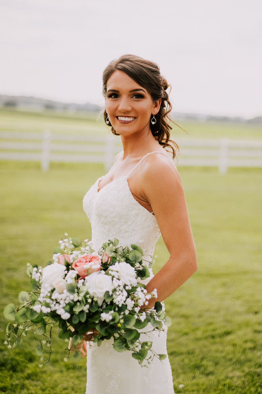 Country-Chic-Wedding-Meadow-Brook-Barn-Goshen-36