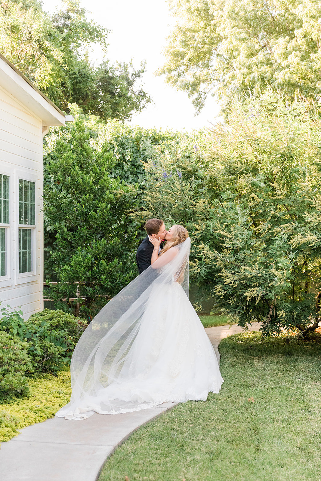 Edmond-manor-wedding-oklahoma