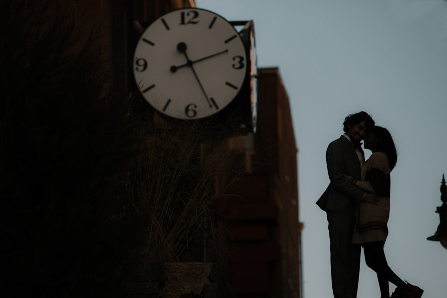 silouette of a couple in downtown wilmington de at a wedding