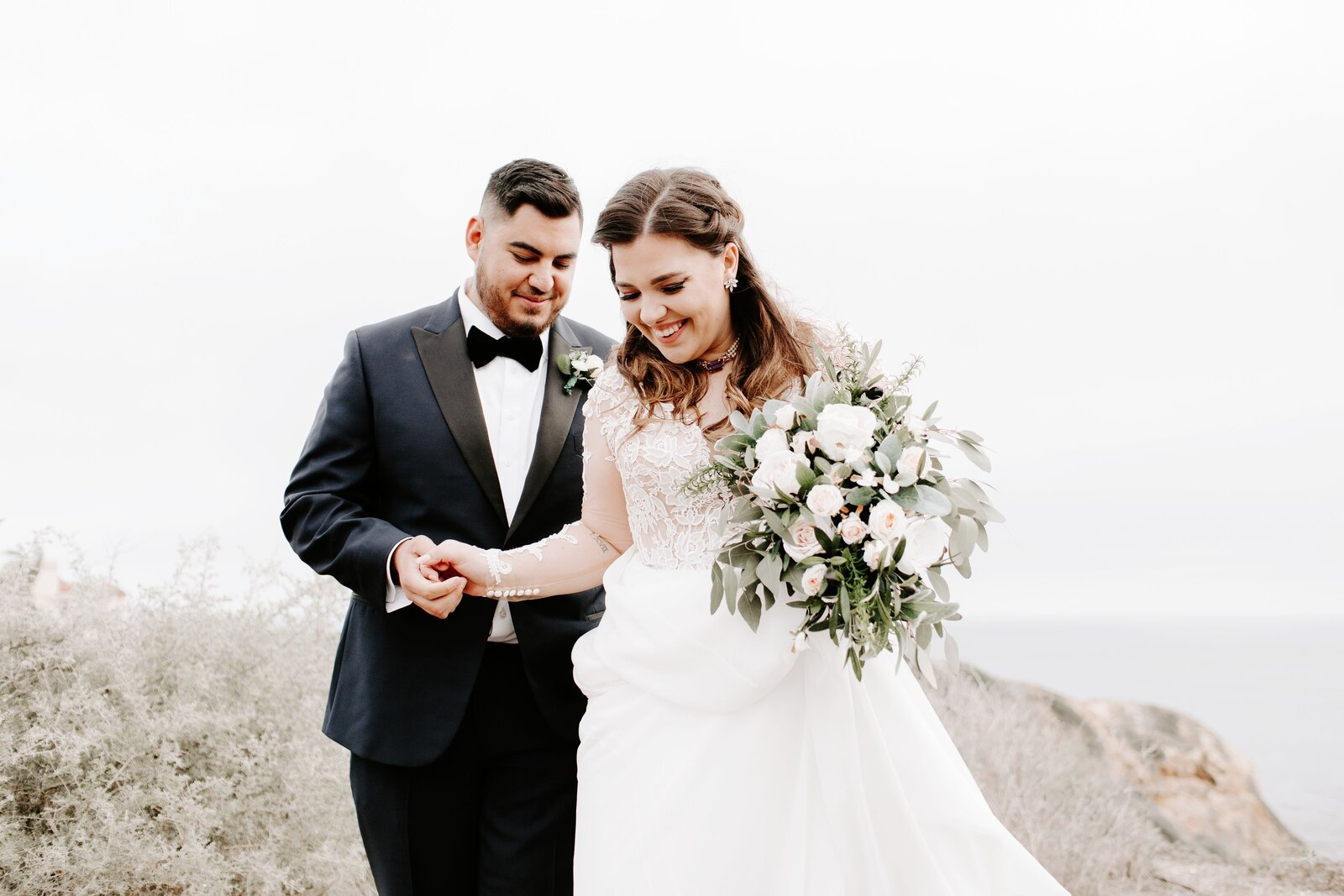 Bride-Groom-Palos-Verdes-Cliffs-Wedding