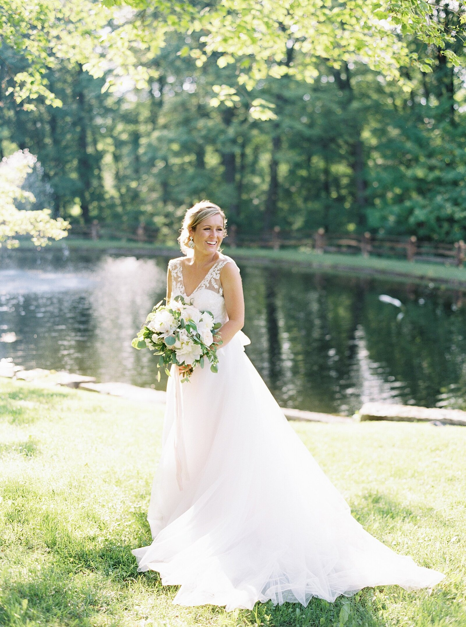 port-perry-wedding-photographer-estate-penryn-mansion-romantic-bride_0036