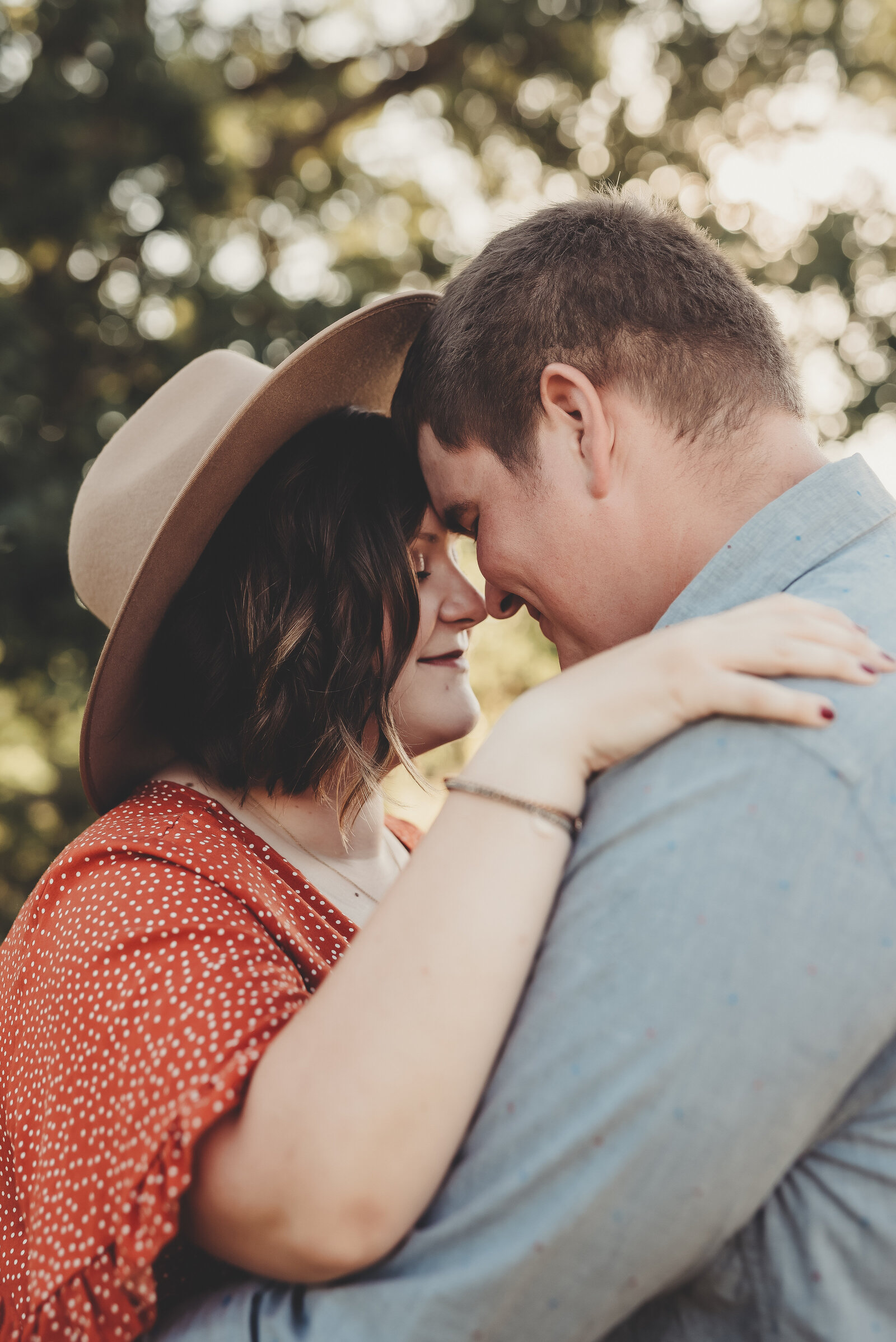 Alison Hite Photography - Engagement Photography