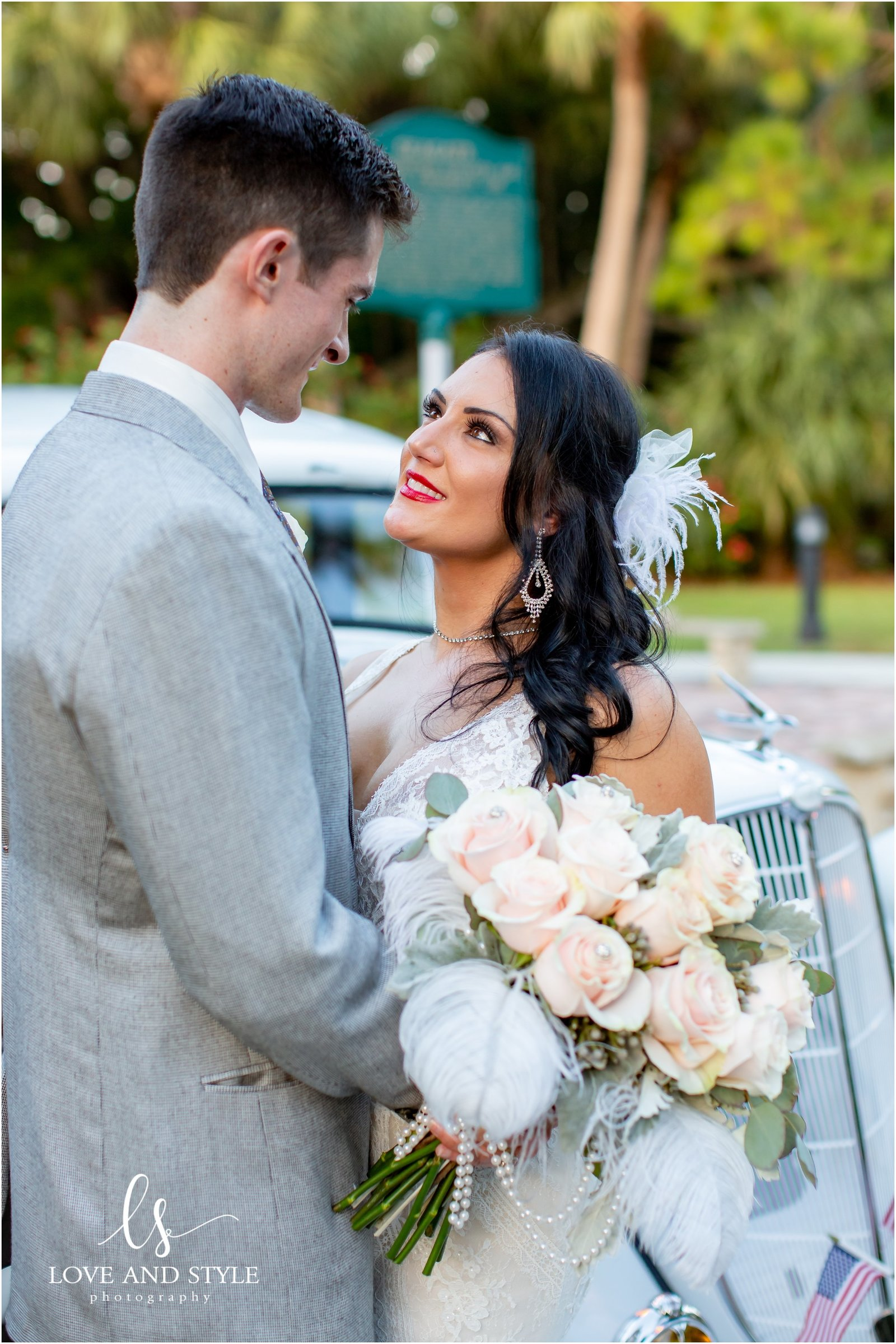 Bride and groom at The Powel Crosley Estate in Sarasota, Florida