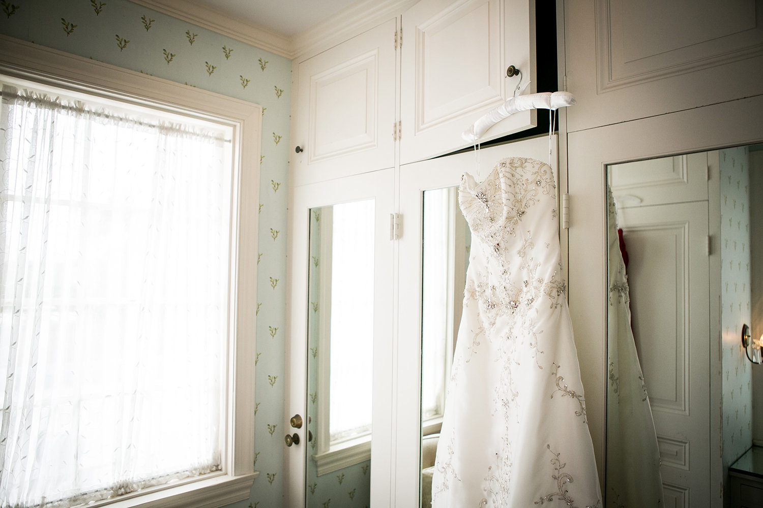 getting ready room with bride dress at darlington house