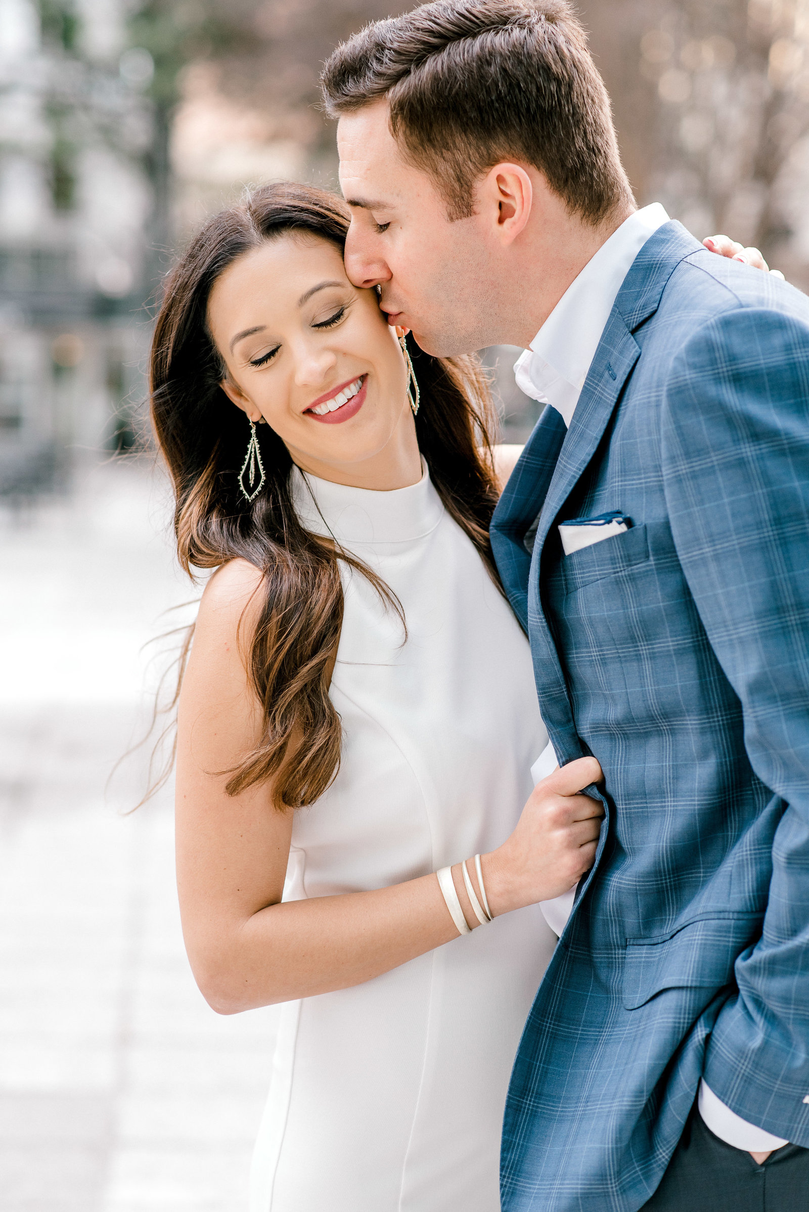 charlotte-engagement-candid-photographer-ballantyne-hotel-uptown-clt-weddings-bride-style-me-pretty-session-wedding-fine-art-bright-and-airy-film-photographer-alyssa-frost-photography-4