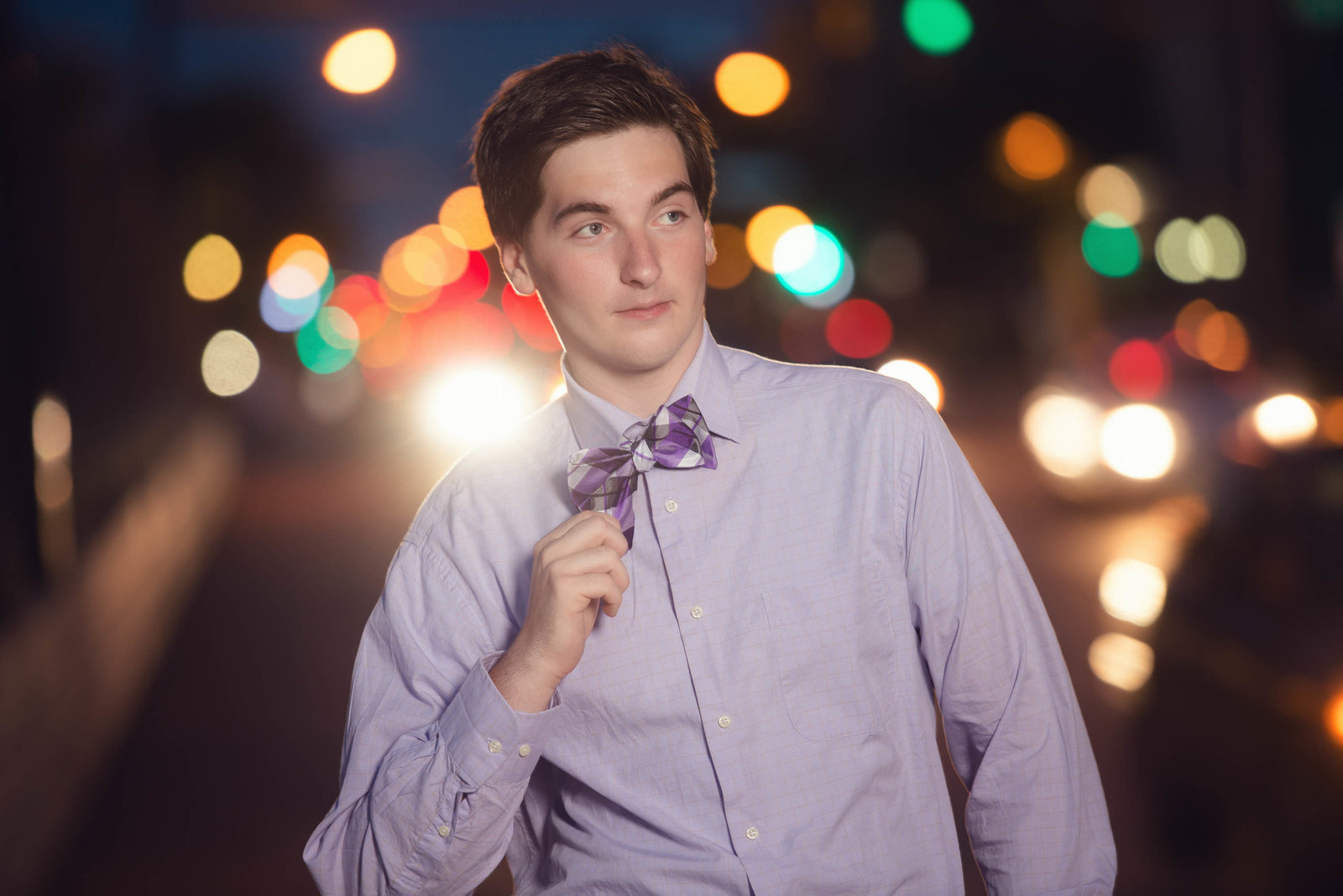 City lights guy senior pictures