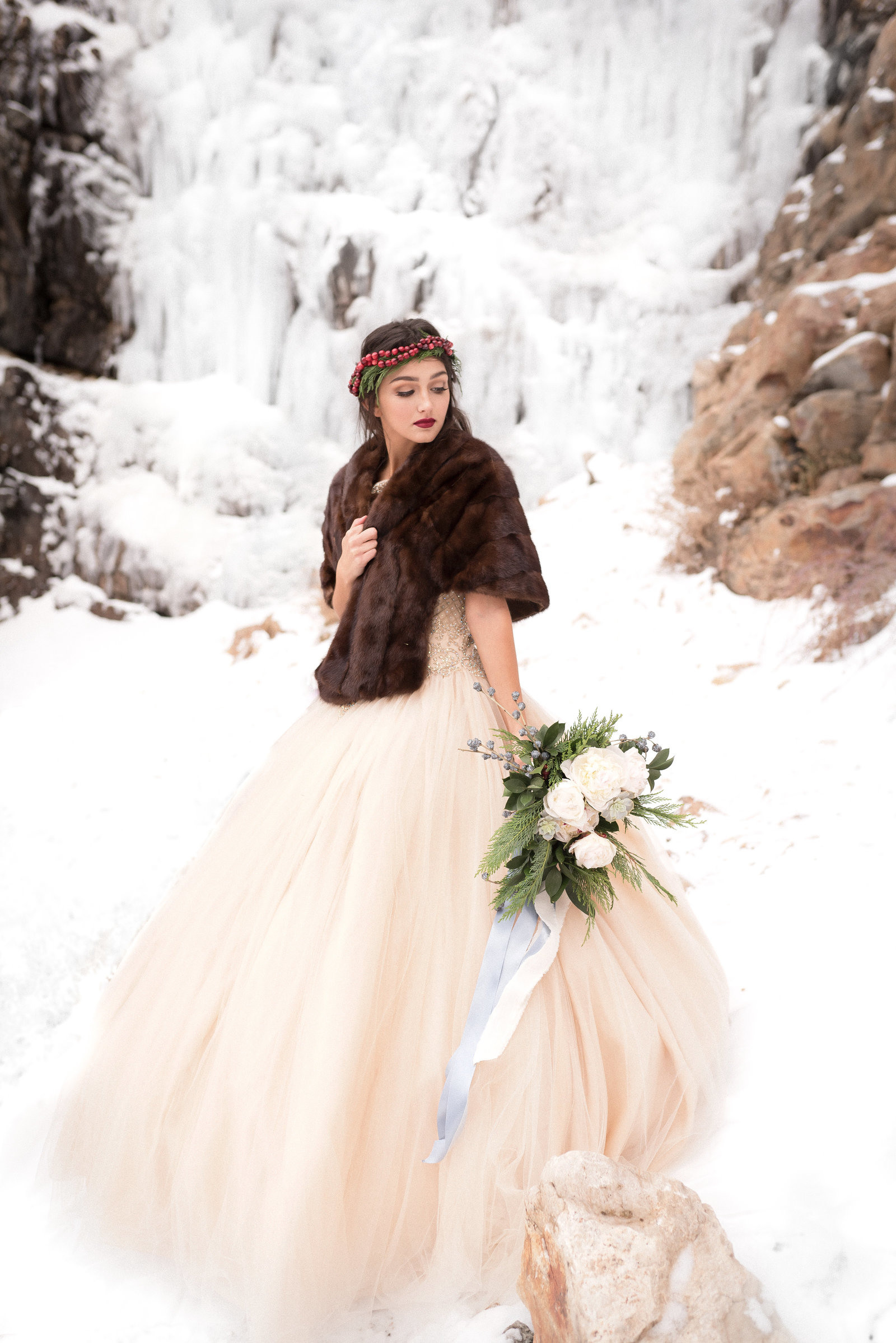 Kamera Lynn Photography Winter Cranberry Floral Crown Velvet Cake Frozen Waterfall Bridal Photoshoot_0013