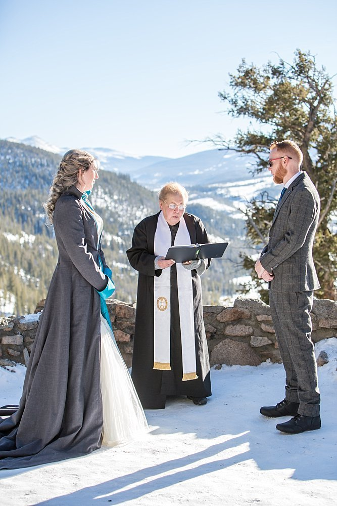winter wedding ceremony at Sapphire Point
