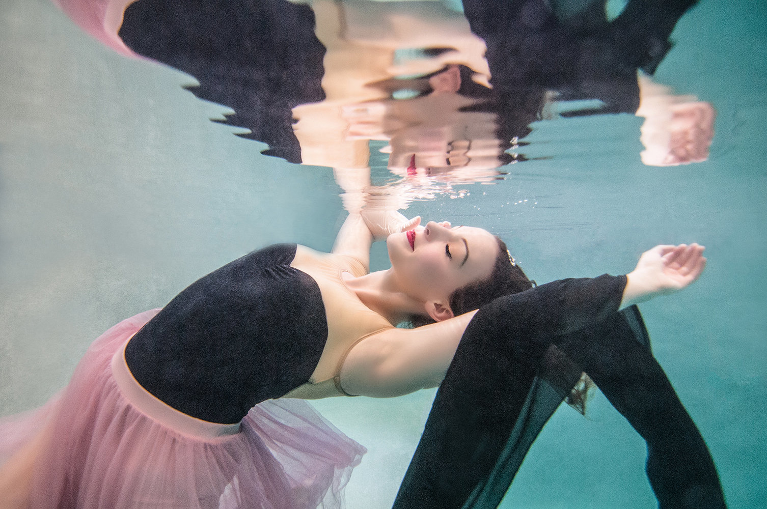 underwater-photos-denver-fine-art-mermaid-dancers-portraits-melissa-mullins