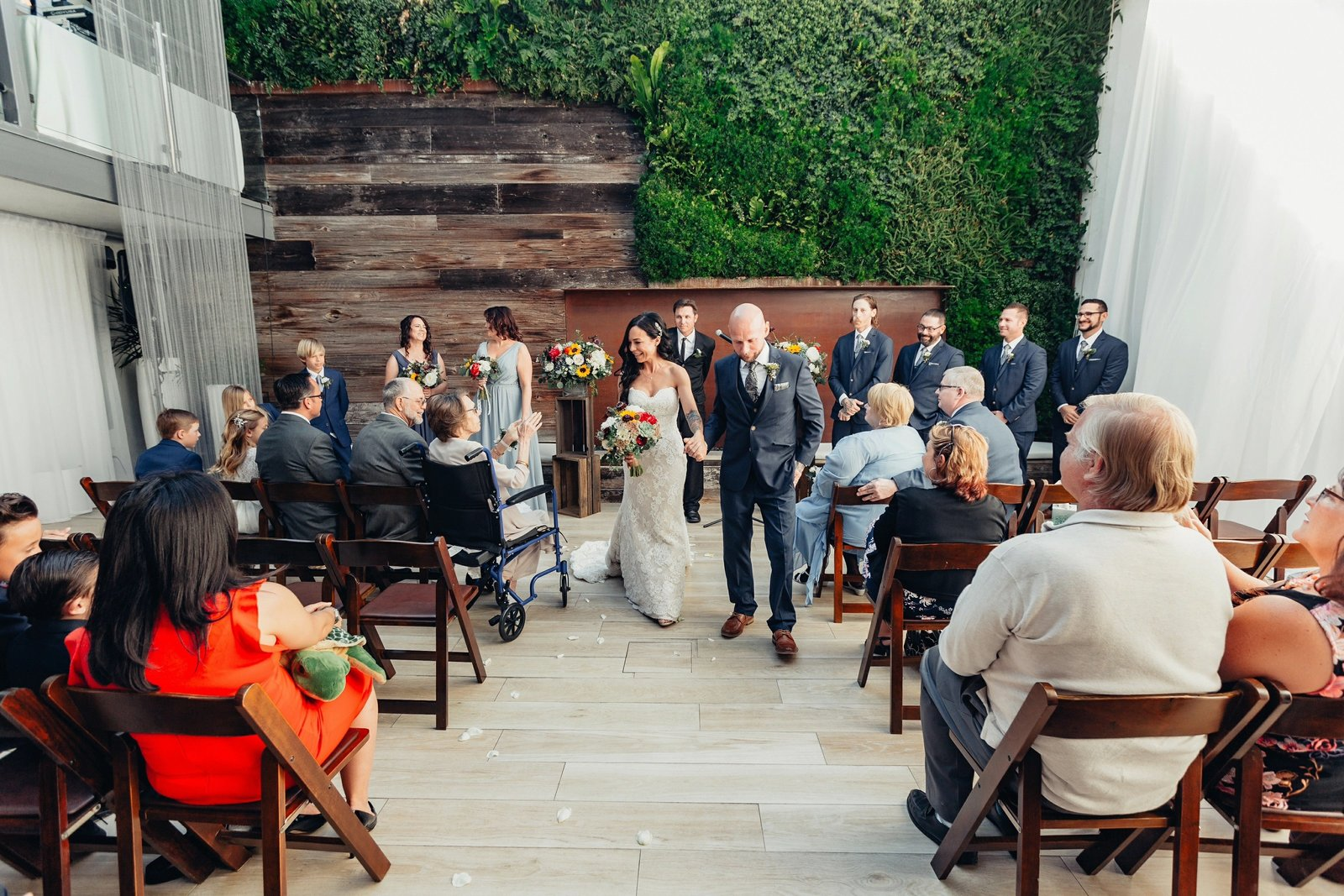 741hotel-laguna-beach-wedding46