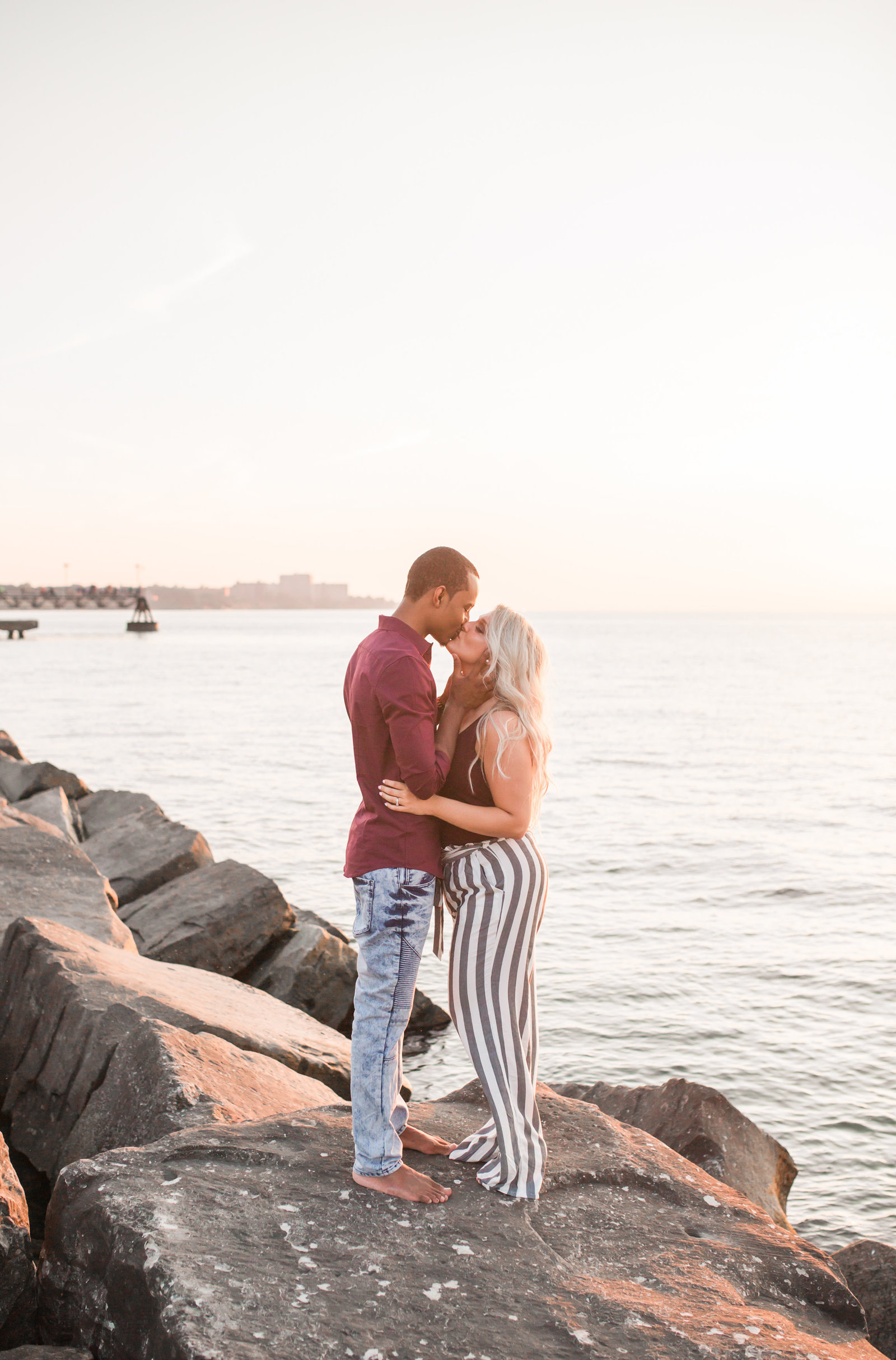 edgewater-beach-engagement-photos-allison-ewing-photography-021-1