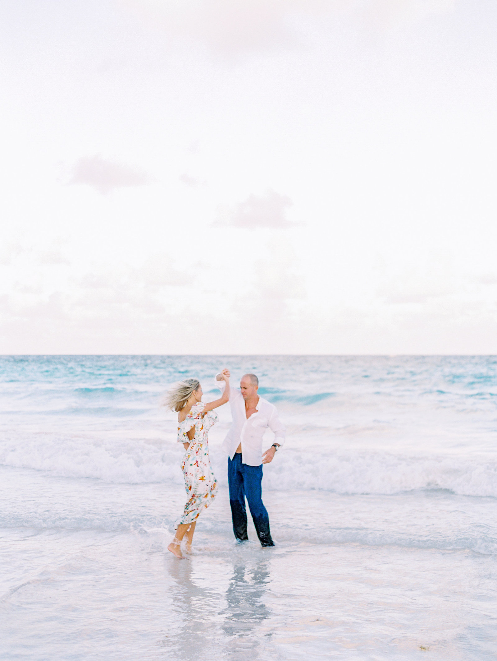 20171109-Pura-Soul-Photo-Engagement-Bahamas-Gillian-Eddy-Film-9